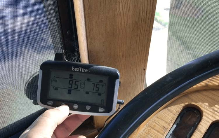 RV-Tire-Pressure-Monitoring-System-Reviews