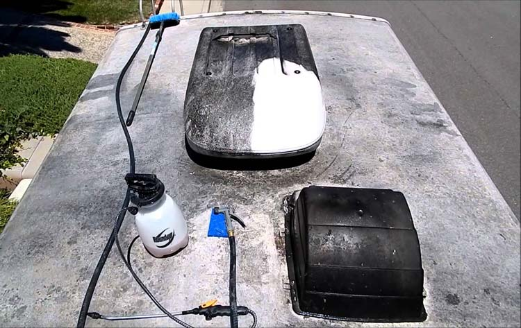 how-to-clean-mold-from-rv-rubber-roof