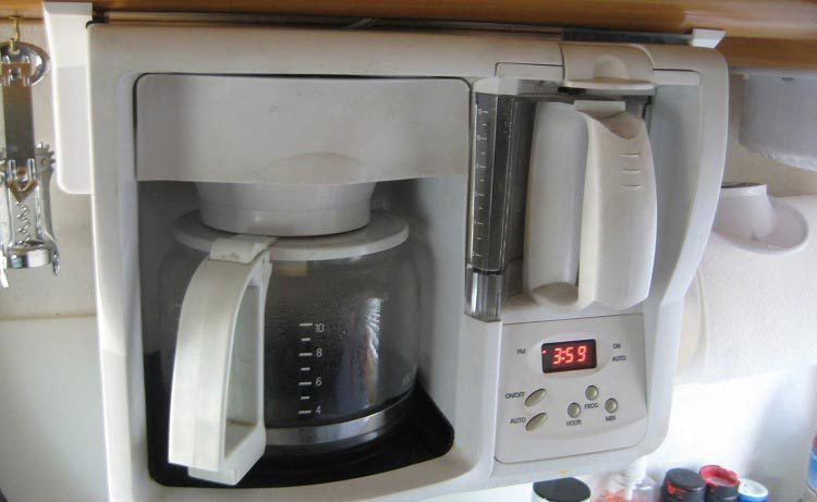 Coffee-Maker-for-RV-Buyer's-Guide