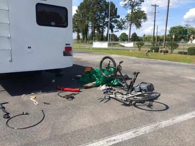 RV-Bike-Rack-installing