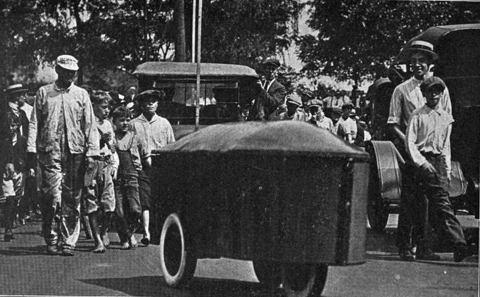 houdina's invention of an electric motor controlled vehicle