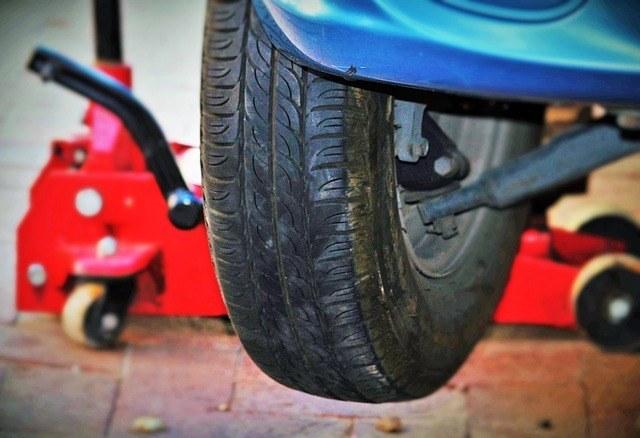 arcan floor jack auto-tires-wheel-change-jack